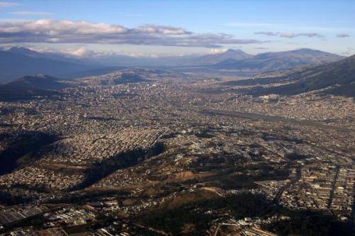 cuenca Aerial-View-Cuenca-Ecuador-400x600