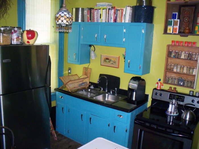 Sara created amazing meals in this virtually counterless kitchen.