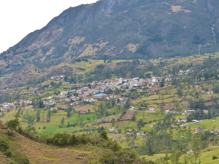 Approaching the tiny town of San Fernanando--  (Sara's image)